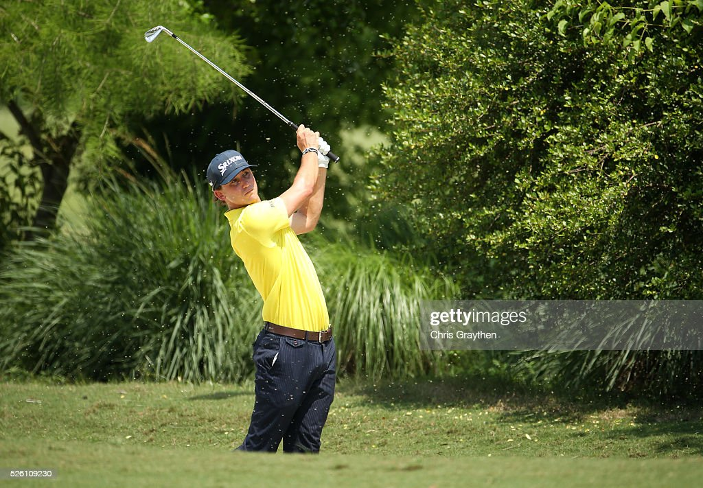 <a gi-track='captionPersonalityLinkClicked' href=/galleries/search?phrase=Smylie+Kaufman&family=editorial&specificpeople=13916602 ng-click='$event.stopPropagation()'>Smylie Kaufman</a> takes his second shot on the first hole during the second round of the Zurich Classic of New Orleans at TPC Louisiana on April 29, 2016 in Avondale, Louisiana.