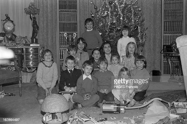 Snack Of Christmas With The Children Of Sophia Loren And Carlo Ponti Suisse 20 décembre 1978 l'actrice italienne Sophia Loren alors mariée au...
