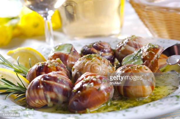 Snails with garlic sauce