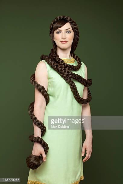 Snake hair style