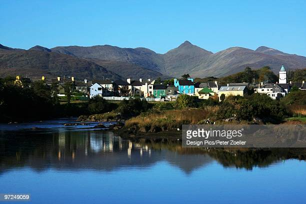 Sneem, River Sneem, Iveragh Peninsula, Ring of Kerry, County Kerry, Ireland