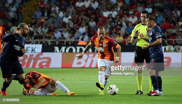 Sneijder of Galatasaray in action during the Turkish Spor Toto Super League football match between Mersin Idmanyurdu and Galatasaray at Mersin...