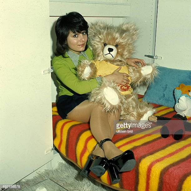Marianne rosenberg bilder und fotos getty images for Bett 70er jahre