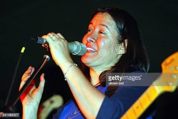 Sängerin Musikerin USAKonzert in der Kölner Kantine
