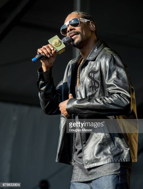 Snoop Dog performs on the Congo Square Stage during the New Orleans Jazz Heritage Festival 2017 at Fair Grounds Race Course on May 6 2017 in New...