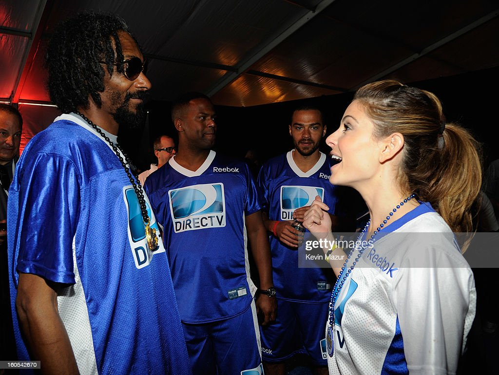 Snoop Dogg, AJ Calloway, Jesse Williams and Maria Menounos attend DIRECTV'S 7th annual celebrity Beach Bowl at DTV SuperFan Stadium at Mardi Gras World on February 2, 2013 in New Orleans, Louisiana.