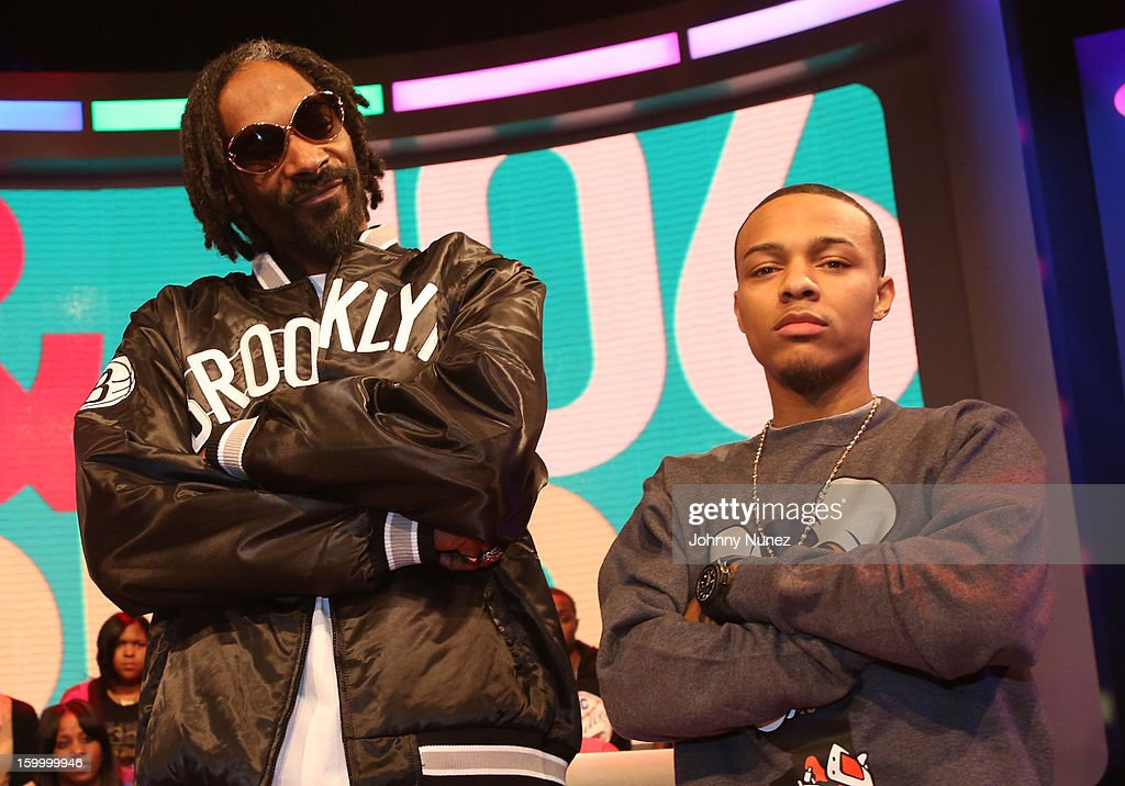 <a gi-track='captionPersonalityLinkClicked' href=/galleries/search?phrase=Snoop+Dogg&family=editorial&specificpeople=175943 ng-click='$event.stopPropagation()'>Snoop Dogg</a>, aka Snoop Lion, and host <a gi-track='captionPersonalityLinkClicked' href=/galleries/search?phrase=Bow+Wow+-+Rapper&family=editorial&specificpeople=211211 ng-click='$event.stopPropagation()'>Bow Wow</a> visit at 106 & Park Studio on January 24, 2013 in New York City.