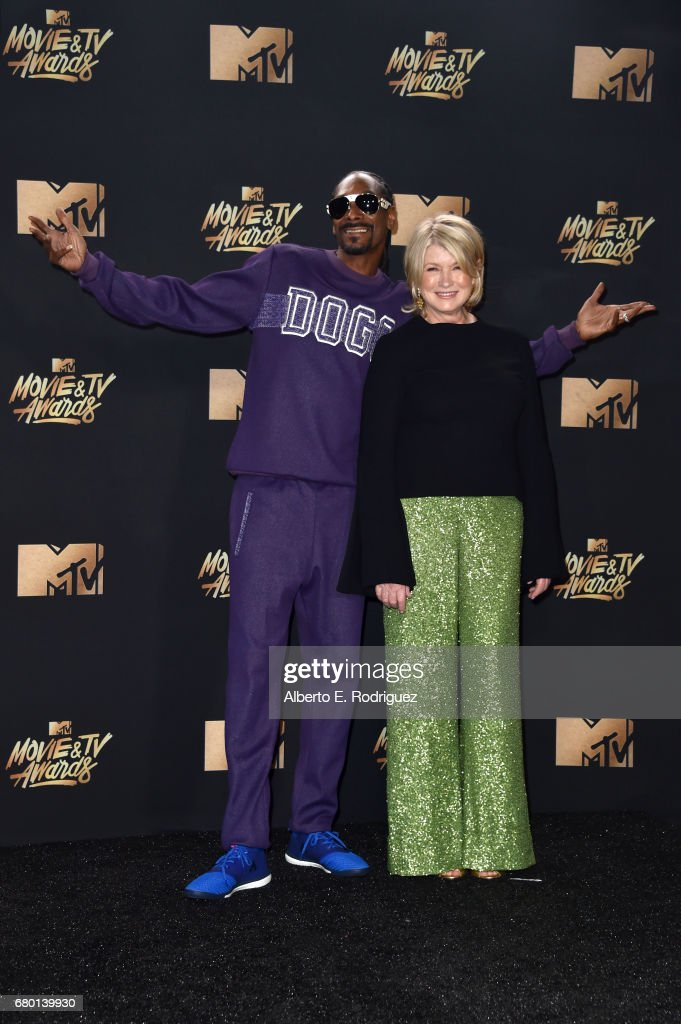 Snoop Dogg and Martha Stewart pose in the press room during the 2017 MTV Movie And TV Awards at The Shrine Auditorium on May 7, 2017 in Los Angeles, California.
