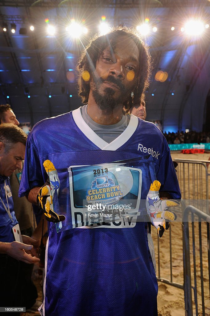 Snoop Dogg attends DIRECTV'S 7th annual celebrity Beach Bowl at DTV SuperFan Stadium at Mardi Gras World on February 2, 2013 in New Orleans, Louisiana.