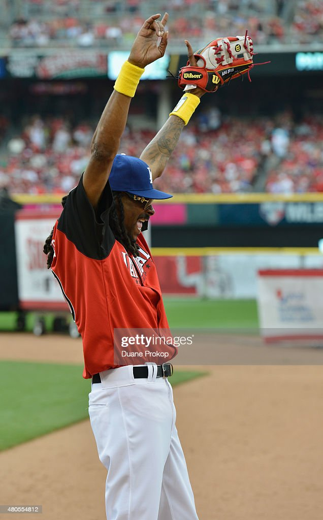 Snoop Dogg attends the 2015 MLB All-Star Legends And Celebrity Softball Game at Great American Ball Park on July 12, 2015 in Cincinnati, Ohio.