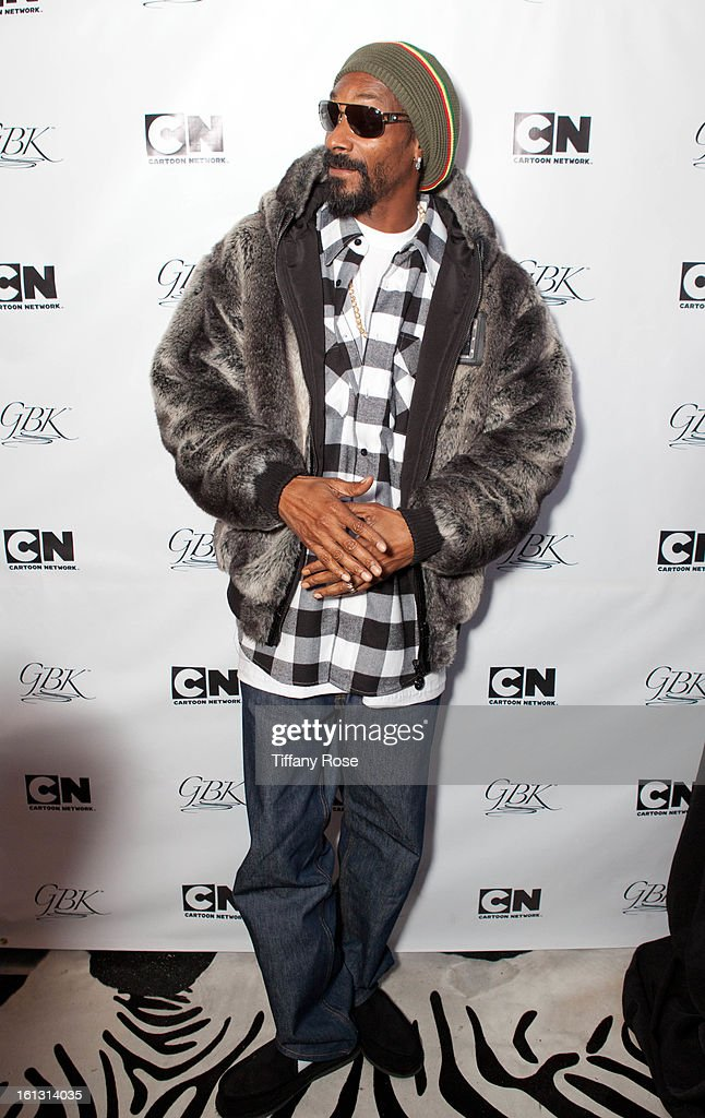 <a gi-track='captionPersonalityLinkClicked' href=/galleries/search?phrase=Snoop+Dogg&family=editorial&specificpeople=175943 ng-click='$event.stopPropagation()'>Snoop Dogg</a> attends the GBK & Cartoon Network's Official Backstage Thank You Lounge at Barker Hangar on February 9, 2013 in Santa Monica, California.