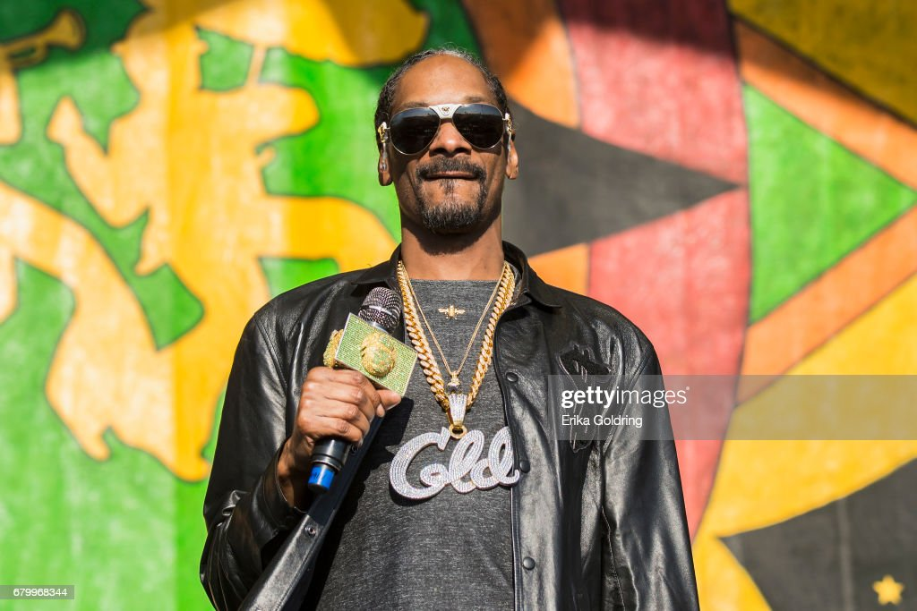 Snoop Dogg performs at the 2017 New Orleans Jazz & Heritage Festival at Fair Grounds Race Course on May 6, 2017 in New Orleans, Louisiana.