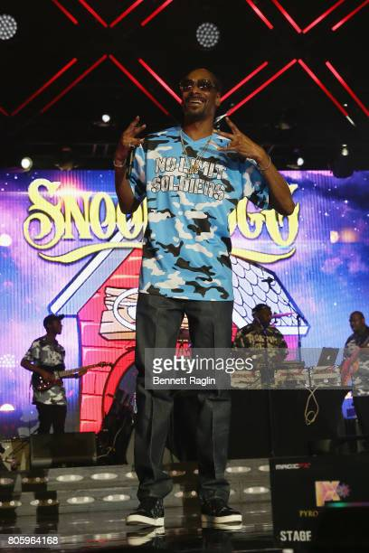 Snoop Dogg performs onstage at the 2017 ESSENCE Festival Presented By Coca Cola at the MercedesBenz Superdome on July 2 2017 in New Orleans Louisiana