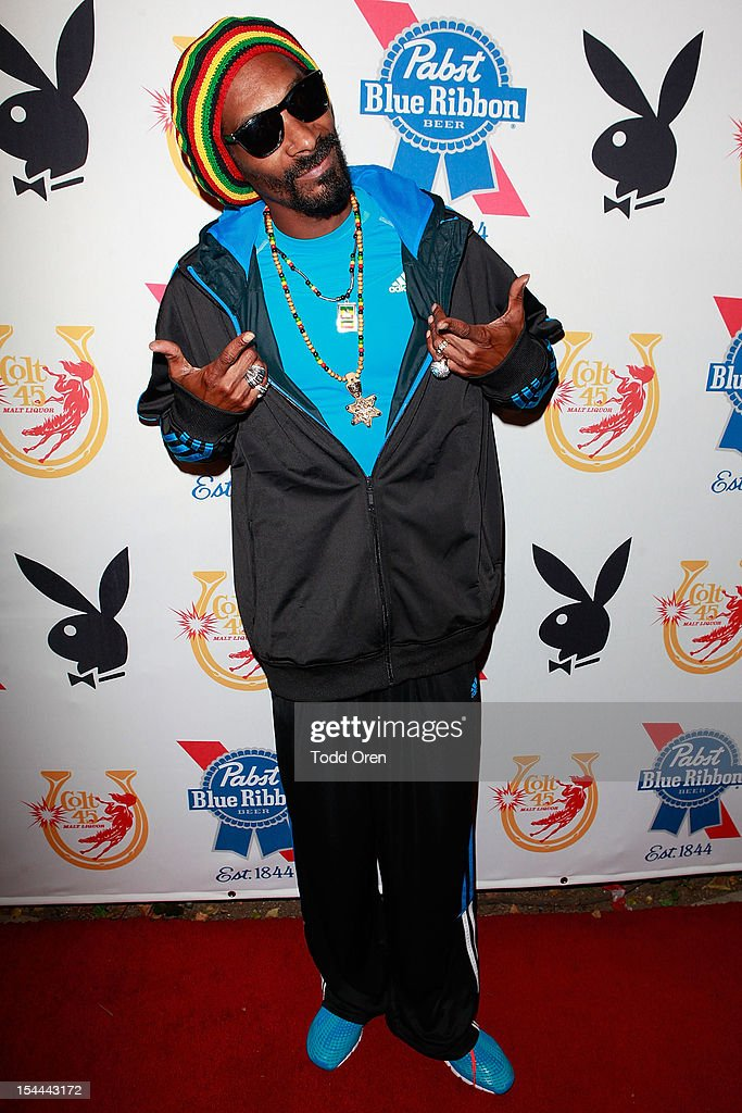 Snoop Dogg poses at the Snoop Dogg Presents: Colt 45 Works Every Time at The Playboy Mansion Party with Evan and Daren Metropulos on October 19, 2012 in Beverly Hills, California.