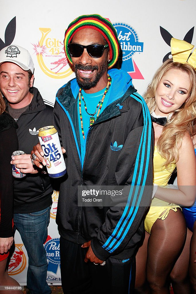 <a gi-track='captionPersonalityLinkClicked' href=/galleries/search?phrase=Snoop+Dogg&family=editorial&specificpeople=175943 ng-click='$event.stopPropagation()'>Snoop Dogg</a> poses at the <a gi-track='captionPersonalityLinkClicked' href=/galleries/search?phrase=Snoop+Dogg&family=editorial&specificpeople=175943 ng-click='$event.stopPropagation()'>Snoop Dogg</a> Presents: Colt 45 Works Every Time at The Playboy Mansion Party with Evan and Daren Metropulos on October 19, 2012 in Beverly Hills, California.