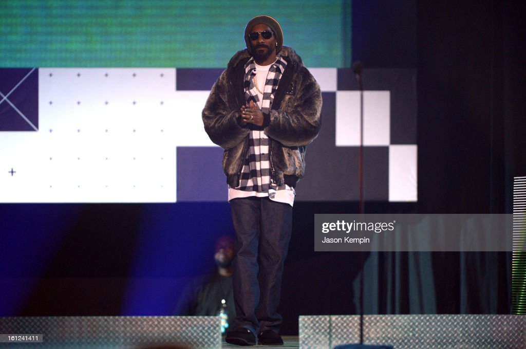 Snoop Lion speaks onstage at the Third Annual Hall of Game Awards hosted by Cartoon Network at Barker Hangar on February 9, 2013 in Santa Monica, California. 23270_003_JK_0631.JPG