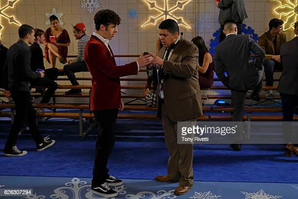 FAMILY 'Snow Ball' When Manny and Luke put on the school's lavish winter dance and end up over their heads due to a texting error it is up to them to...