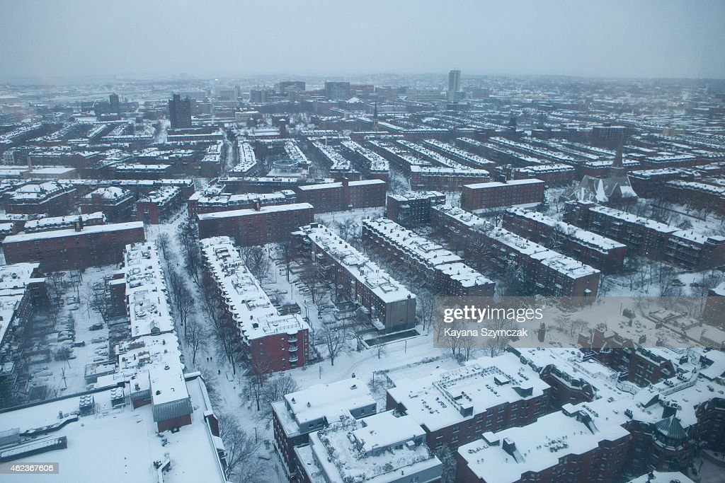 Snow blankets the South End neighborhood after 16 hours of snow accumulation on January 27 2015 in Boston Massachusetts Twentysix inches of snow fell...