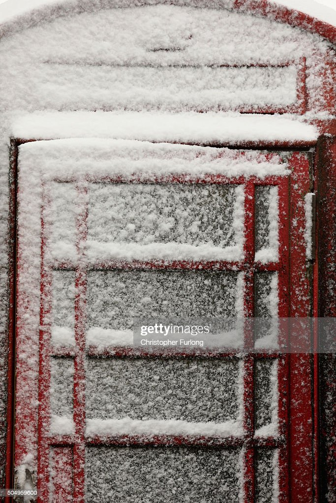 Snow clings to a phonebox in the Peak District near Buxton on January 14, 2016 in Buxton, England. Overnight snowfall on the high ground of the Peak District caused disruption in some areas this morning. The Met office has issued weather warnings for snow and low temperatures creating hazardous conditions on untreated roads in some areas of the UK.