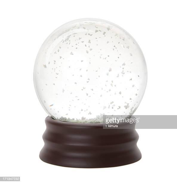 Bola de cristal con nieve fotograf as e im genes de stock - Bola nieve cristal ...