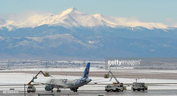 Snow hit the Denver metro area having an impact on air travel at Denver International Airport They were deicing planes with a splendid view of Longs...