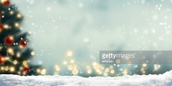 snow in front of wintery xmas background : Foto stock