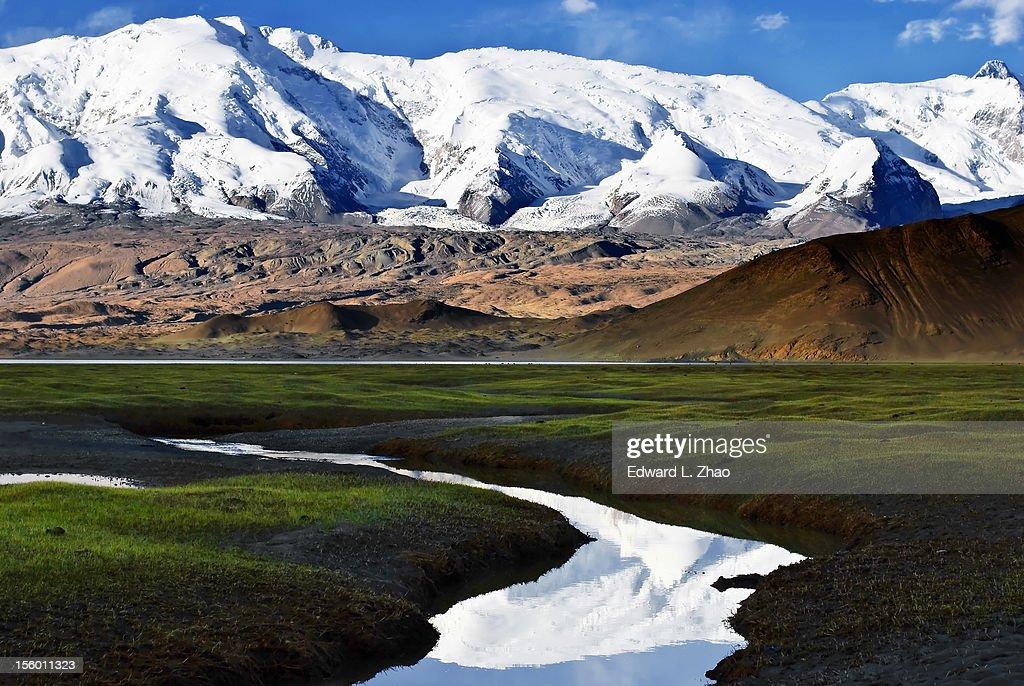 Snow Mount Muztagh Ata : Stock Photo