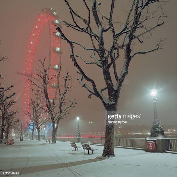 Snow on the South Bank XL