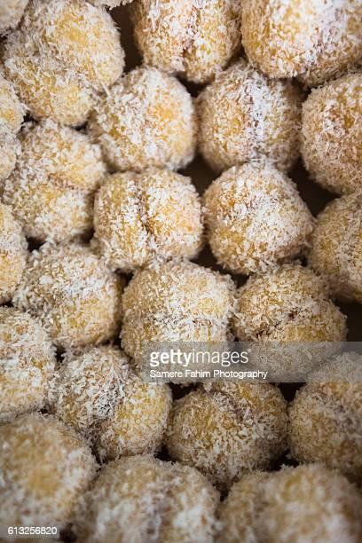 Snowballs pastry