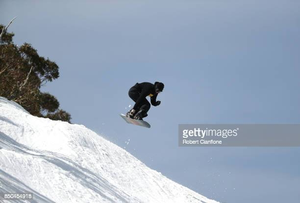 A snowboarder is seen on September 21 2017 in Mount Buller Australia Australians are enjoying one of the best ski seasons after the best snowfall in...