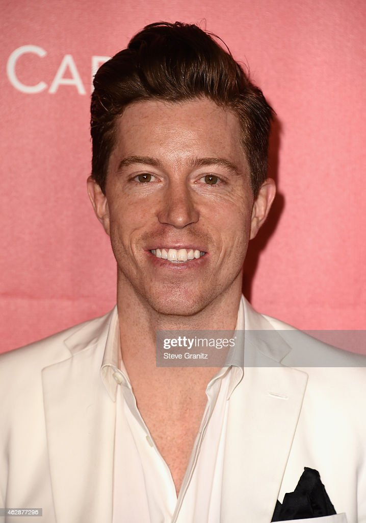 Snowboarder <a gi-track='captionPersonalityLinkClicked' href=/galleries/search?phrase=Shaun+White+-+Snowboarder&family=editorial&specificpeople=247245 ng-click='$event.stopPropagation()'>Shaun White</a> attends the 25th anniversary MusiCares 2015 Person Of The Year Gala honoring Bob Dylan at the Los Angeles Convention Center on February 6, 2015 in Los Angeles, California. The annual benefit raises critical funds for MusiCares' Emergency Financial Assistance and Addiction Recovery programs. For more information visit musicares.org.