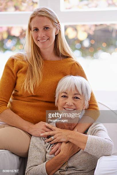 Por lo tanto, celebro que mi mamá conmigo!