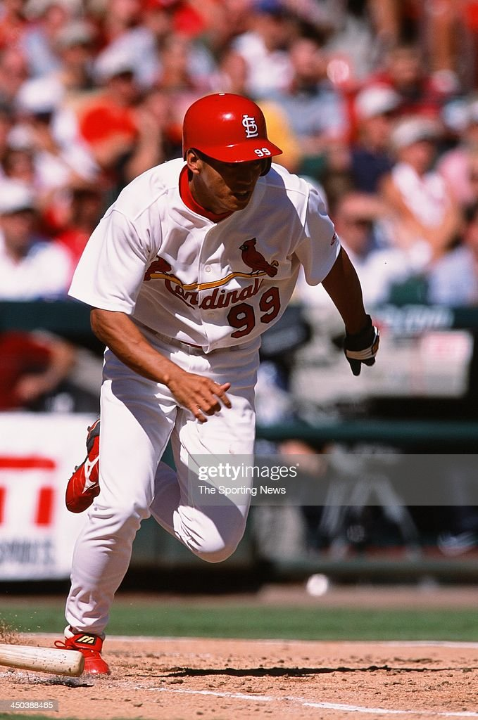 <a gi-track='captionPersonalityLinkClicked' href=/galleries/search?phrase=So+Taguchi&family=editorial&specificpeople=183399 ng-click='$event.stopPropagation()'>So Taguchi</a> of the St. Louis Cardinals during the game against the Arizona Diamondbacks at Busch Stadium on September 25, 2002 in St. Louis, Missouri.