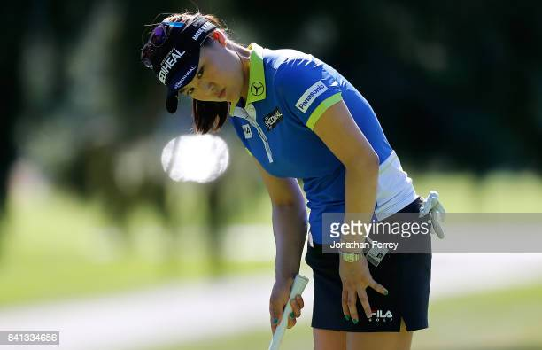So Yeon Ryu of South Korea lines up a putt on the 9th hole during the first round of the LPGA Cambia Portland Classic at Columbia Edgewater Country...
