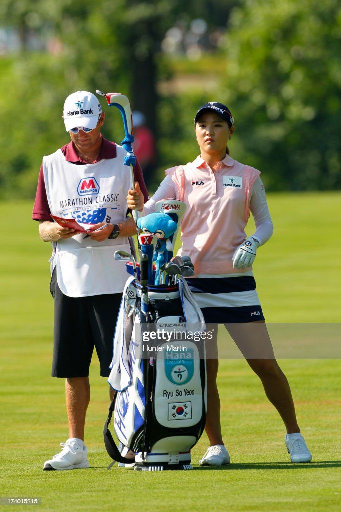 So Yeon Ryu of South Korea pulls a club from her bag on the seventh hole during round two of the Marathon Classic presented by Owens Corning & O-I on July 19, 2013 in Sylvania, Ohio.