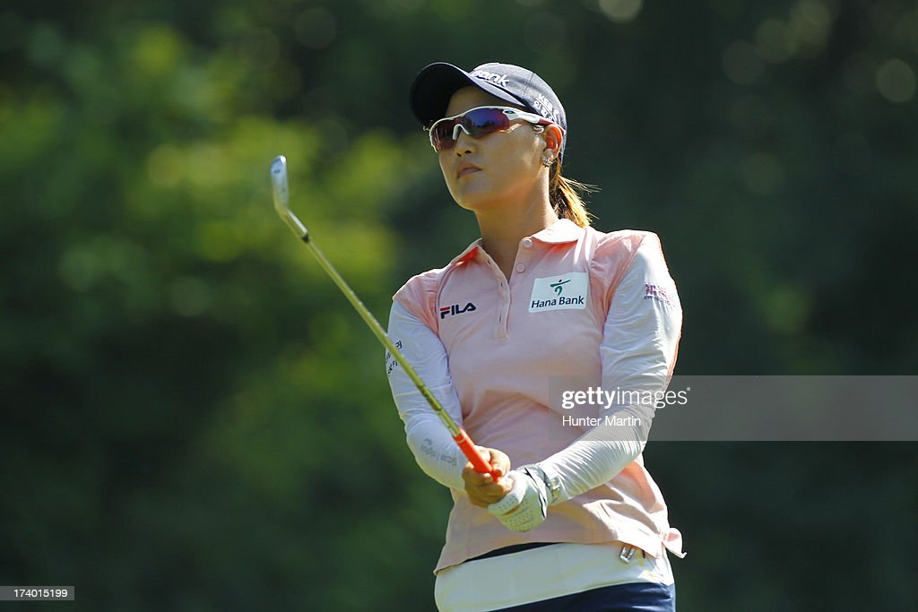 So Yeon Ryu of South Korea watches her tee shot on the eighth hole during round two of the Marathon Classic presented by Owens Corning & O-I on July 19, 2013 in Sylvania, Ohio.