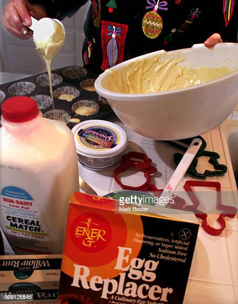 SOAllergicBake120799MB–––DrLauralyn Markle poured the batter made from special ingredients like 'EGG REPLACER'into a cupcake tin Dr Markle's daughter...