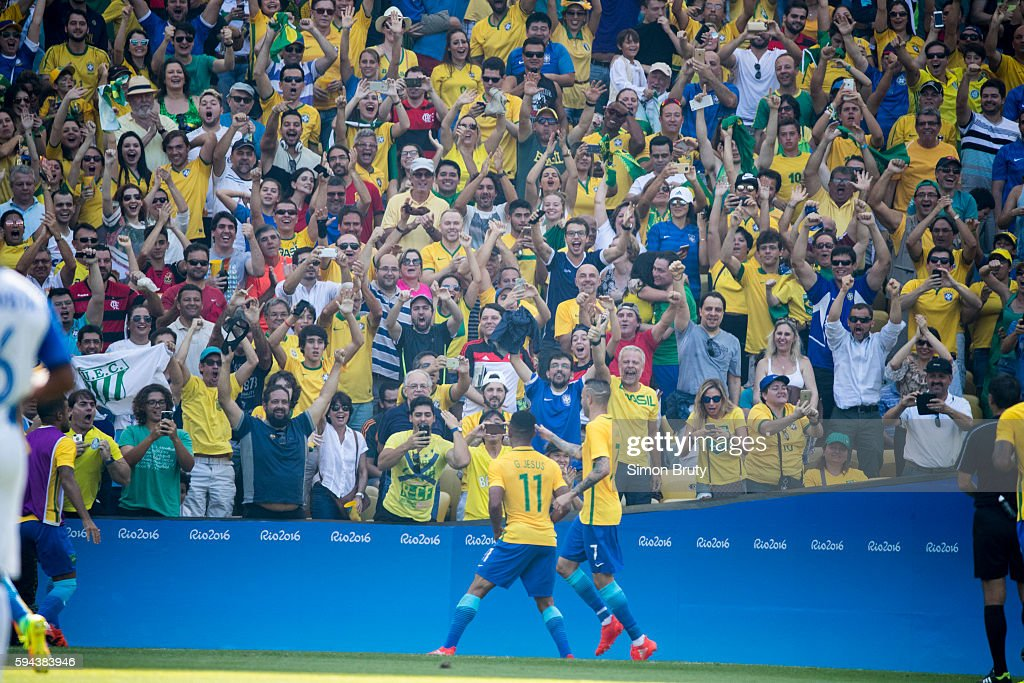 2016 Summer Olympics Brazil Gabriel Jesus victorious with fans vs Honduras during Men's Semifinal at Maracana Stadium Rio de Janeiro Brazil 8/17/2016...