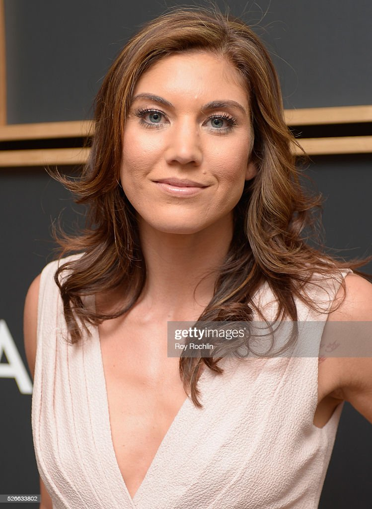 Soccer goalkeeper <a gi-track='captionPersonalityLinkClicked' href=/galleries/search?phrase=Hope+Solo&family=editorial&specificpeople=580524 ng-click='$event.stopPropagation()'>Hope Solo</a> attends the 102nd White House Correspondents' Association Dinner on April 30, 2016 in Washington, DC.
