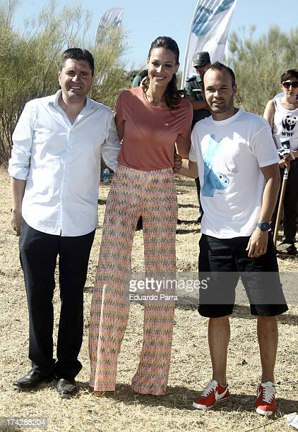 Soccer player Andres Iniesta model Eva Gonzalez and Juzcar Mayor David Fernandez attend Los Pitufos 2 reforestation symbolic event at Los Riscos on...