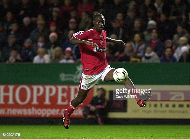FA Soccer Premiership Season 20032004 Charlton Athletic vs Leeds United Carlton Cole Championnat d'Angleterre de Football Premiere Ligue Saison...