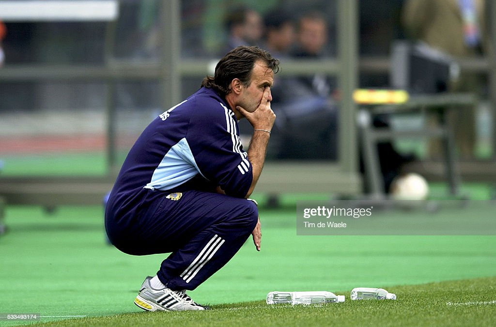 http://media.gettyimages.com/photos/soccer-world-cup-2002-sweden-argentina-disappointment-marcelo-bielsa-picture-id533493174