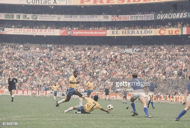 Soccer World Cup BRA Pele in action vs ITA Mexico City MEX 6/21/1970