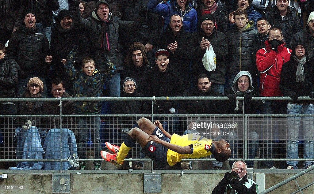 Sochaux' Guinean midfielder Abdoul Razzagui Camara celebrates after scoring a goal during the French L1 football match Sochaux (FCSM) vs Paris (PSG) on February 17, 2013 at the Auguste Bonal stadium in Montbeliard, eastern France. AFP PHOTO/FREDERICK FLORIN