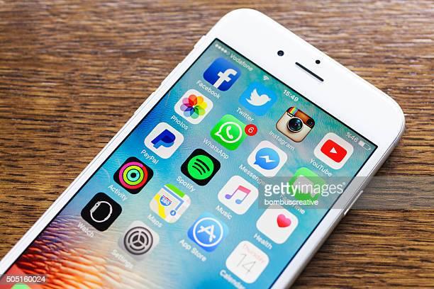 Médias sociaux Applications sur l'Iphone