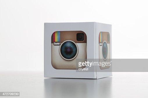 Une icône Whitebackground sur Instagram