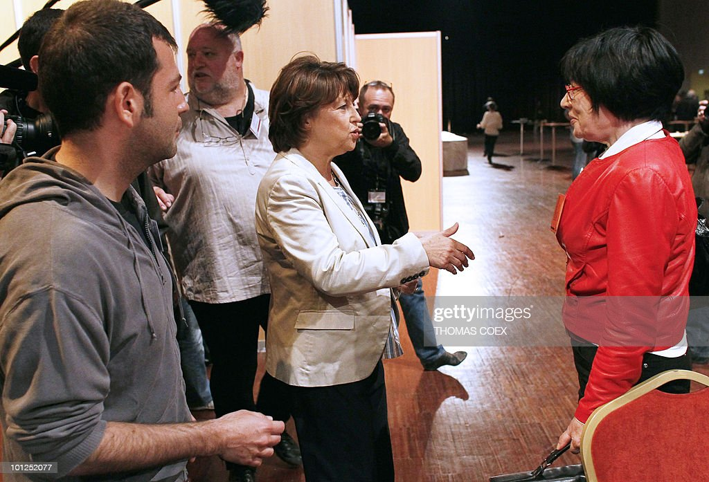 Socialist party leader Martine Aubry arrives at the French Socialist Party national convention dedicated to a 'new model of development' on May 29, 2010 in La plaine Saint Denis, outside Paris. Aubry criticized on May 26, 2010 the government plans to raise the retirement age from the current 60 years as 'not only unfair but ineffective.'