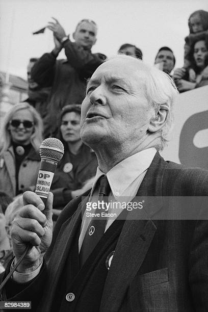 Socialist politician Tony Benn addresses a protest against the NATO bombing of Yugoslavia during the Kosovo War 11th April 1999