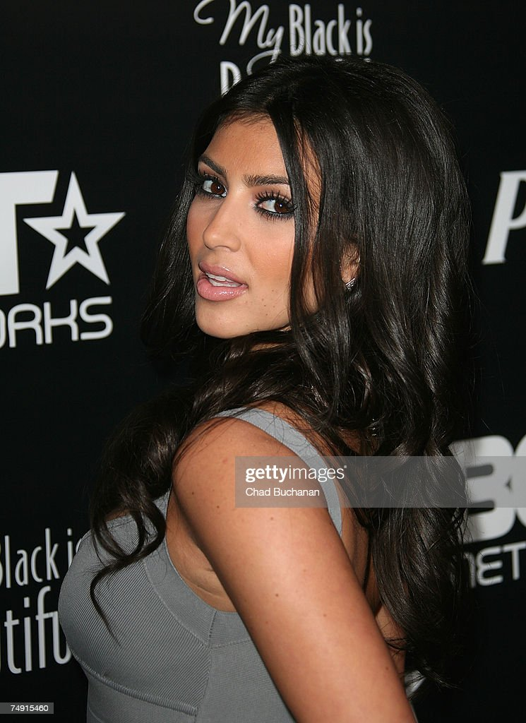 Socialite Kim Kardashian attends the 1st Annual Pre-BET Awards Party at Boulevard 3 on June 25, 2007 in Los Angeles, California.