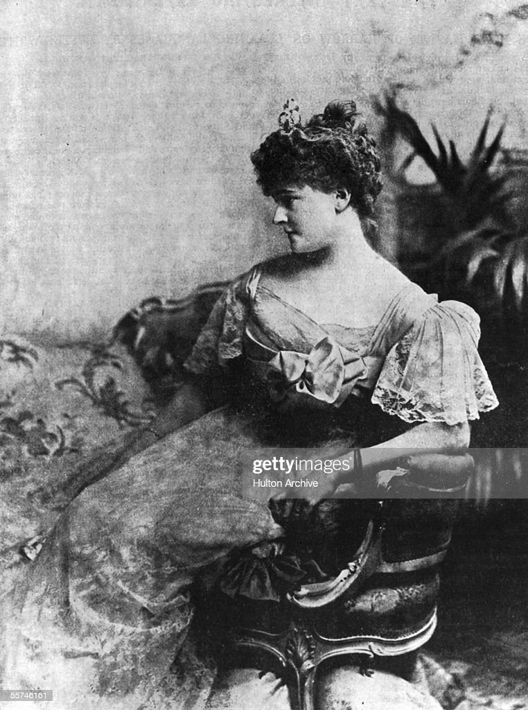 socialite socialist philanthropist and wife of the 5th Earl of Warwick Frances Countess of Warwick circa 1890